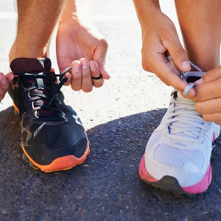 Physics of shoelaces shows why they come undone when you run
