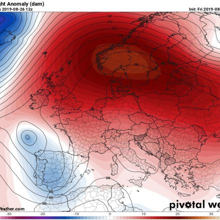 The late summer heat wave will intensify across a large part of Europe until early September, locally again near +35 °C