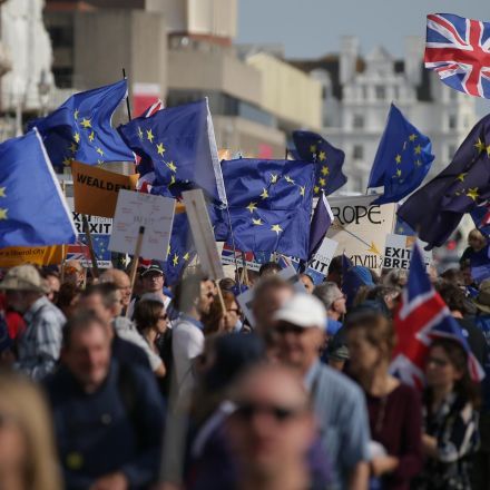 Britons now back Remain over Leave by 10 points, exclusive poll shows