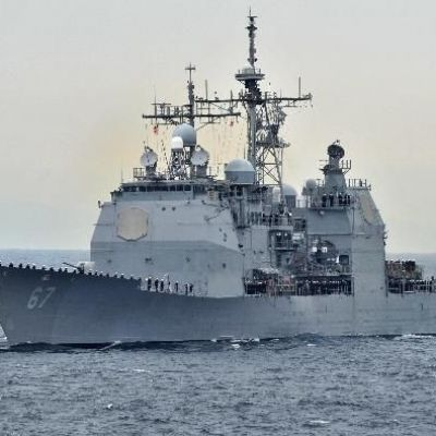 War Clouds Over South China Sea As U.S. Declares Right To Waters And U.S. Warship Arrives At Subic