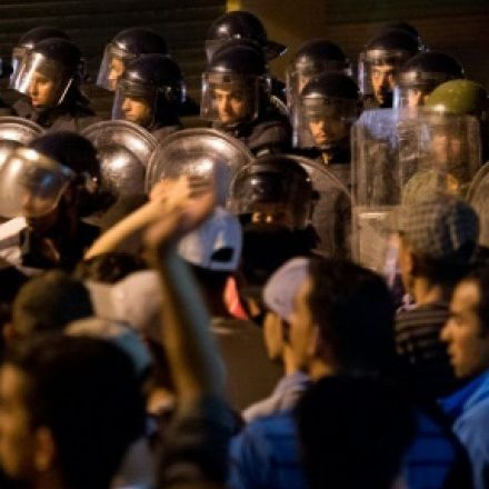 Police start to withdraw from restive Morocco cities