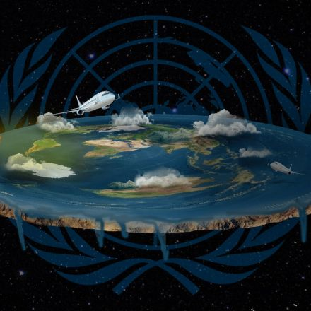Infiltrating the Flat Earth International Conference