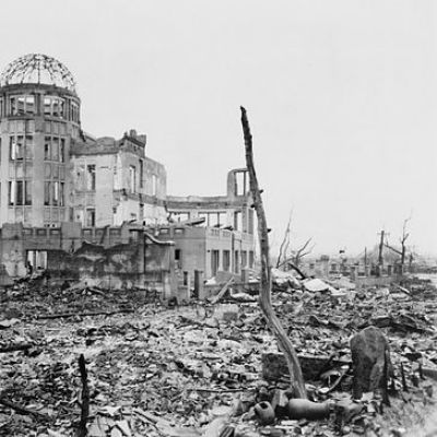 should the us bombed japan On 6th august 1945, an atomic bomb was dropped on hiroshima by us air forces   and nagasaki represent a human tragedy which should never be repeated   bombs are many times more powerful than the ones used on japan in 1945.