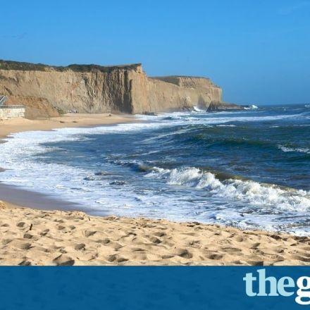Silicon Valley billionaire loses bid to prevent access to public beach