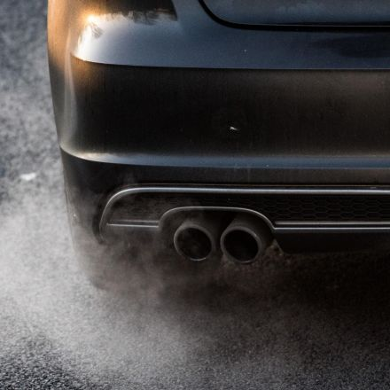 Government's air pollution strategy needs 'significant improvement', says damning report