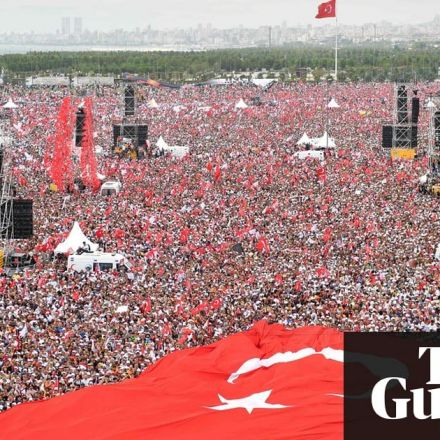 Voters rally behind Erdoğan's rival as Turkey goes to the polls