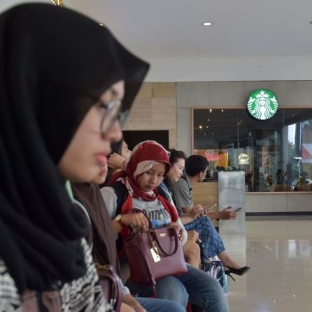 Malaysia joins Indonesia in attempted Starbucks boycott