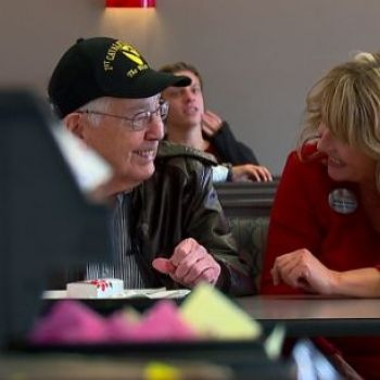 Chick-fil-A in Avon gives WWII veteran free food for life
