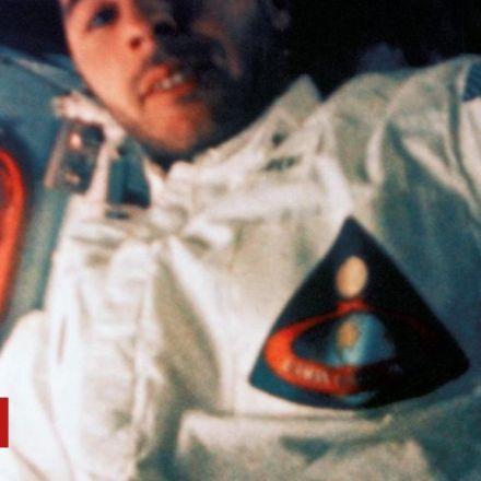 Astronaut: Human mission to Mars 'stupid'