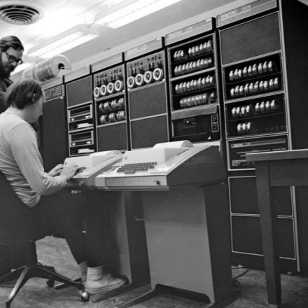 Unix at 50: How the OS that powered smartphones started from failure