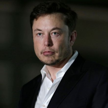 Elon Musk Denies That SpaceX's Mars Colony Will Be a Ticket Out for the Rich