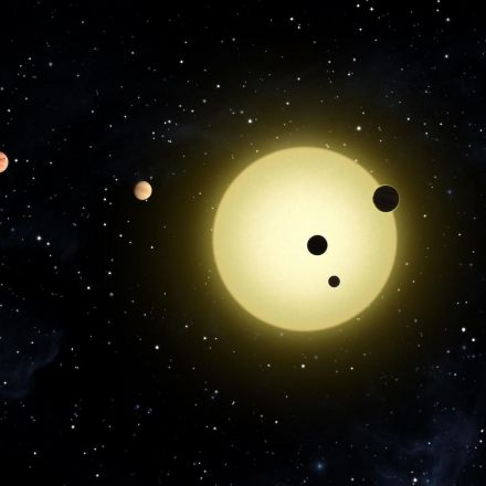 NASA put Kepler back to sleep in hopes it will send data again