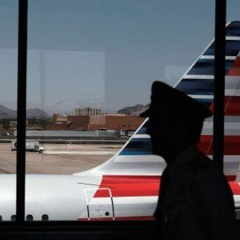 Computer glitch leaves American Airlines without any pilots for Christmas