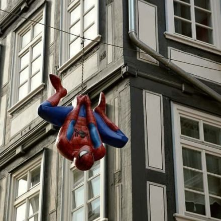 Seven seconds of Spiderman viewing yields a 20% phobia symptom reduction