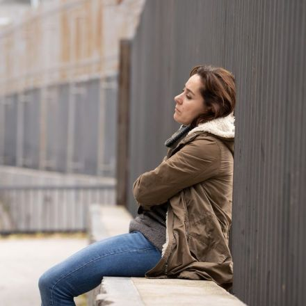 Study: Loneliness Is Common in US, Wisdom May Curb It