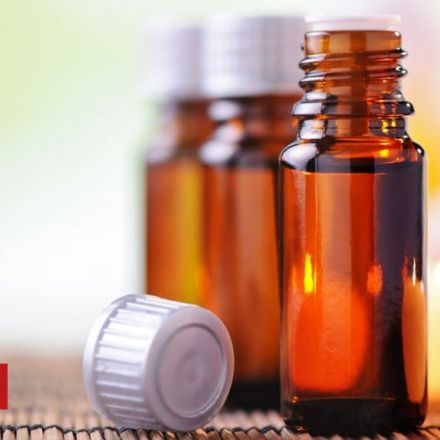 Essential oils 'make male breasts develop'