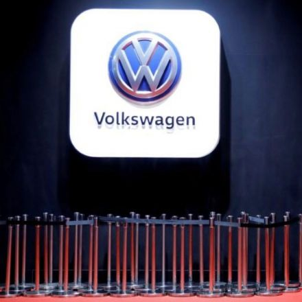 Around 6,000 Swiss VW owners seek damages in emissions scandal