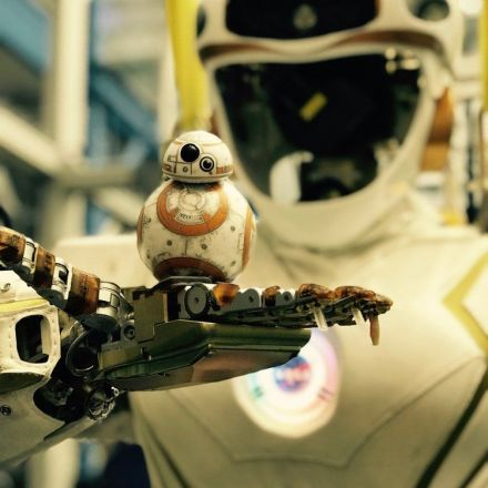 'Star Wars' Droids Point the Way to NASA Repair Robots
