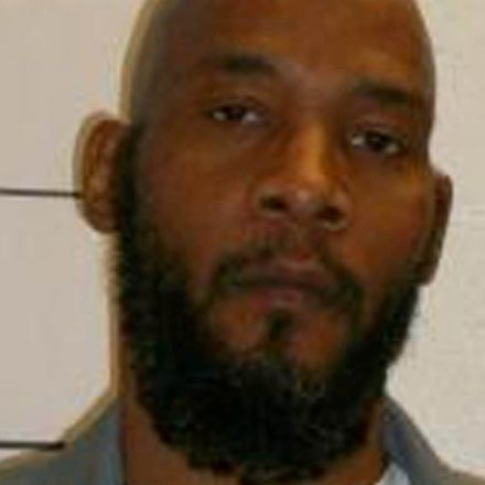 Missouri governor stays execution of Marcellus Williams after attorneys say DNA evidence exonerates him