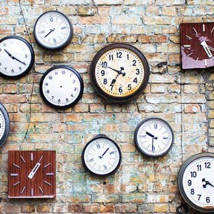 Physicists Find That as Clocks Get More Precise, Time Gets More Fuzzy