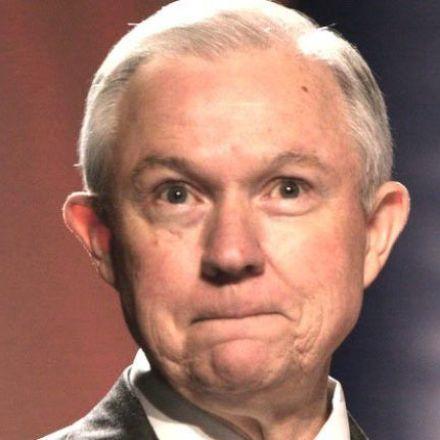 Federal prosecutors told to seek death penalty in drug cases