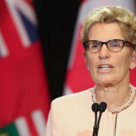Ontario becomes 2nd province to go ahead with $15 an hour minimum wage