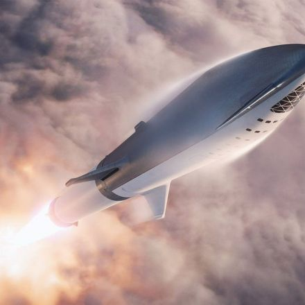 SpaceX to Unveil 1st Passenger for Private BFR Rocket Moon Trip Tonight! How to Watch.