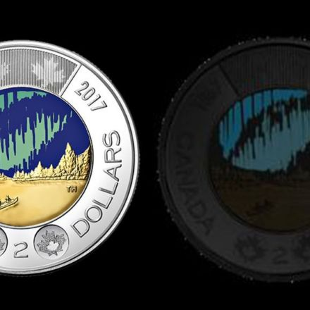 "Canada ""toonie"" coin glows in the dark"