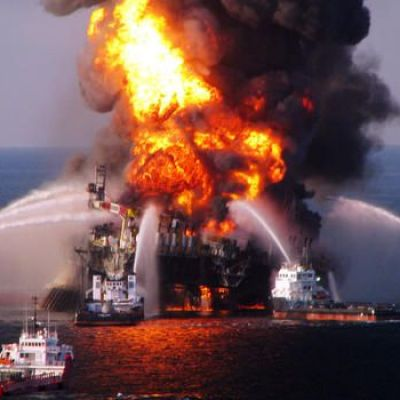 "BP Oil Spill Left a ""Bathtub Ring"" the Size of Rhode Island, Study Says"
