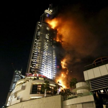 Fire breaks Out in Dubai Skyscraper