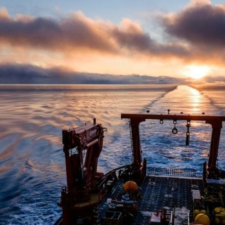 Voyage Traces Stirred-up Arctic heat
