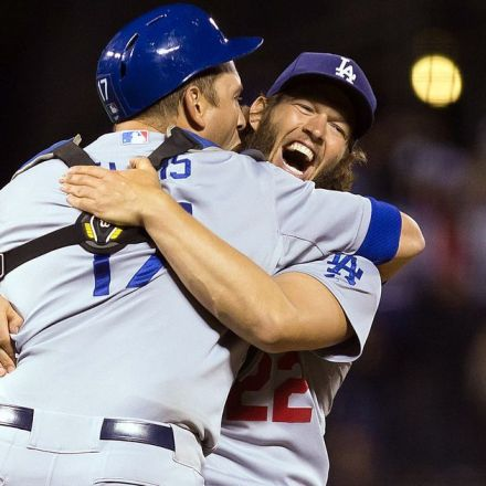 Dodgers clinch NL West with Clayton Kershaw 1-hitter vs. Giants