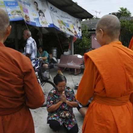 A quiet revolt: Female monks work to undo Thailand's 90-year ban