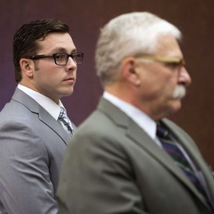 Arizona police officer who shot unarmed man briefly rehired in order to receive pension