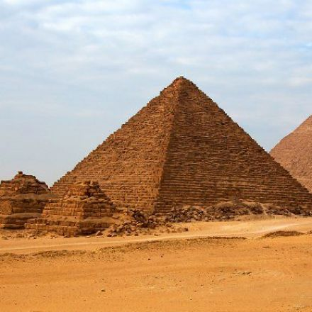 An Archaeologist Says He's Figured Out The Secret of The Pyramids' Peculiar Alignment