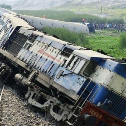 At least 23 dead, dozens hurt as train derails