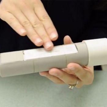 Hollow Flashlight Runs on Your Body Heat