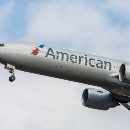 American Airlines pilot reports UFO with 'big reflection' over Arizona