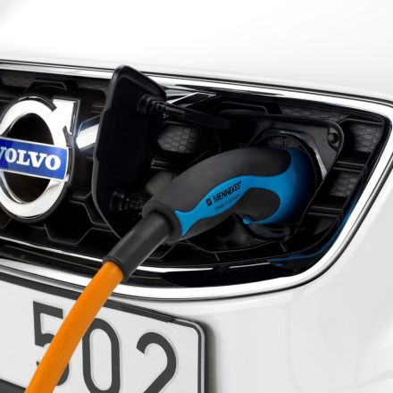 Volvo will go all electric by 2019, drop traditional engines