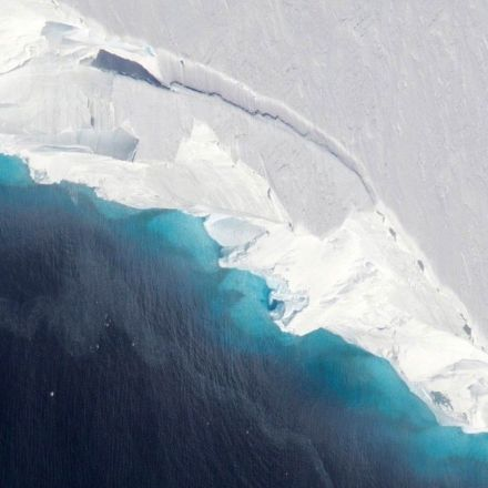 Cavity two-thirds the size of Manhattan discovered under Antarctic glacier