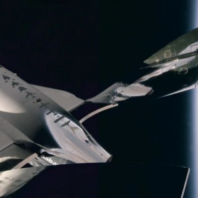 Virgin Galactic becomes the first public space tourism company