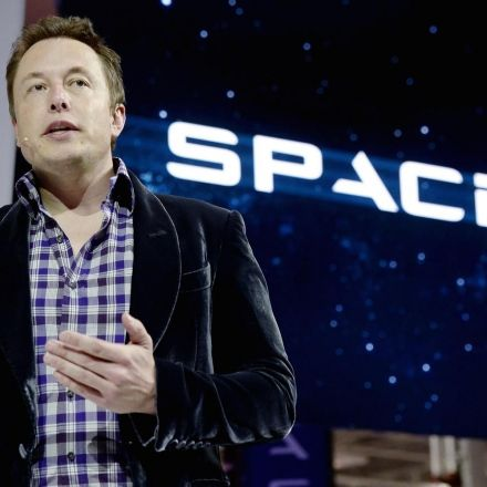 FCC authorizes Elon Musk's SpaceX to provide broadband satellite services
