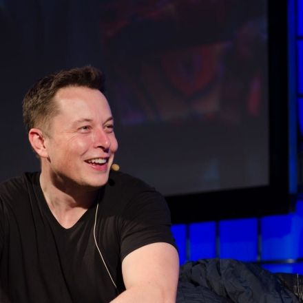 Elon Musk Reveals Future Price Plan for a Return Ticket to Mars