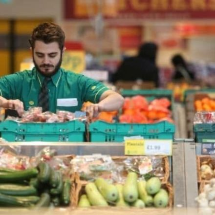 Supermarkets urged to create plastic-free aisle in every store