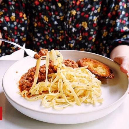 High carb diet may hasten menopause