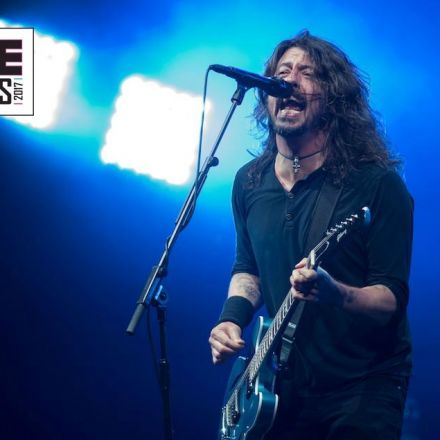 Watch Foo Fighters dedicate 'Everlong' at Glastonbury to Devon teacher who died of cancer