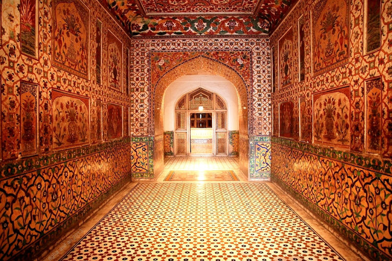 mughal influence on modern india The list of the influential women of modern india does not end here there are several other women from different walks of life who hold the power to constantly inspire and influence the youth of india sports persons like boxer mary komm, badminton player saina nehwal, etc, actresses like madhuri.