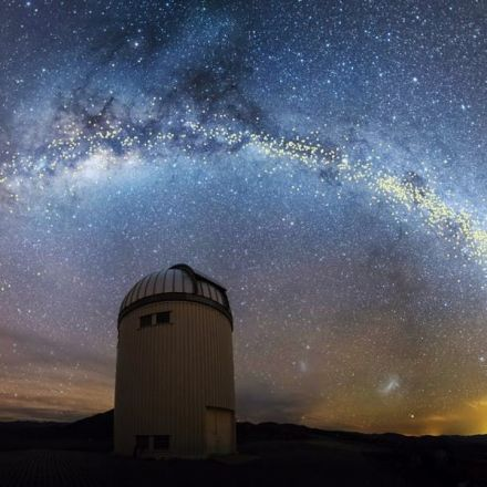 New Study Shows the Milky Way Is a Bit Warped