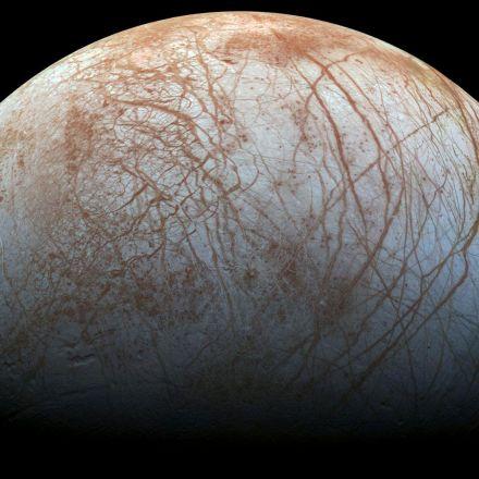 Exploring Europa. NASA Keeps Planning Lander Mission