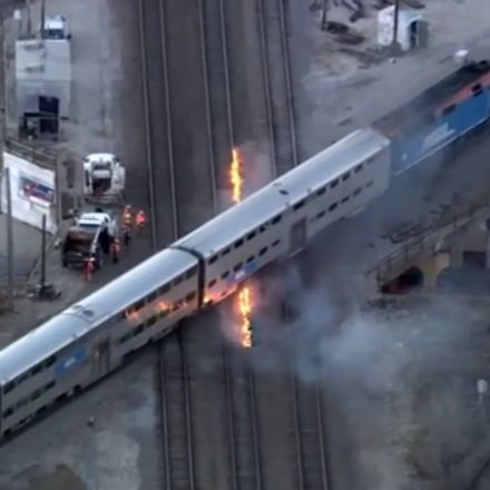 Chicago Is So Ridiculously Cold That the Railroad Tracks Need to Be on Fire to Keep the Trains Moving